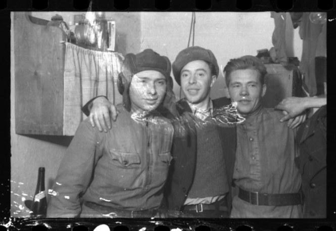 holocaust-lodz-ghetto-photography-henryk-ross-58e210c503141__880