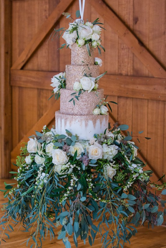 Wanderlust Us Travel Blog - Winter Wedding Bassmead Manor Barns - Flowers