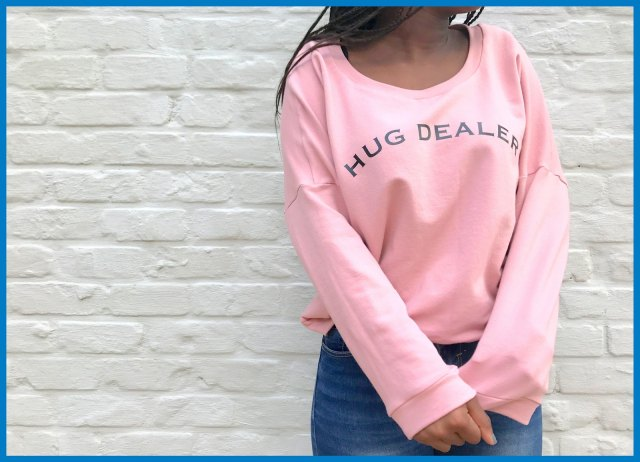 hug dealer sweater 4