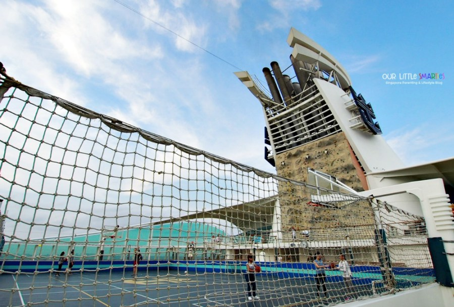 Mariner of the Seas Sports Court