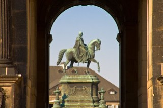 Johann-Denkmal