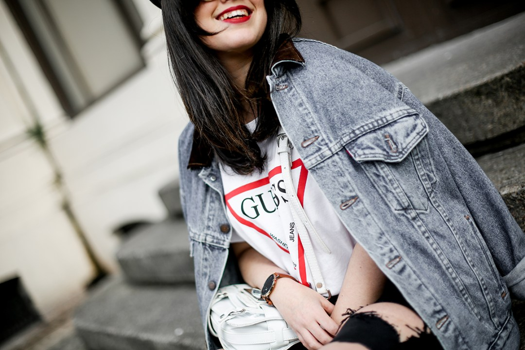 guess-originals-shirt-ripped-jeans-vans-old-skool-myblueberrynightsblog