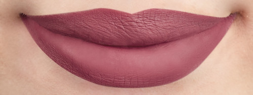Liquid Lipstick Swatch