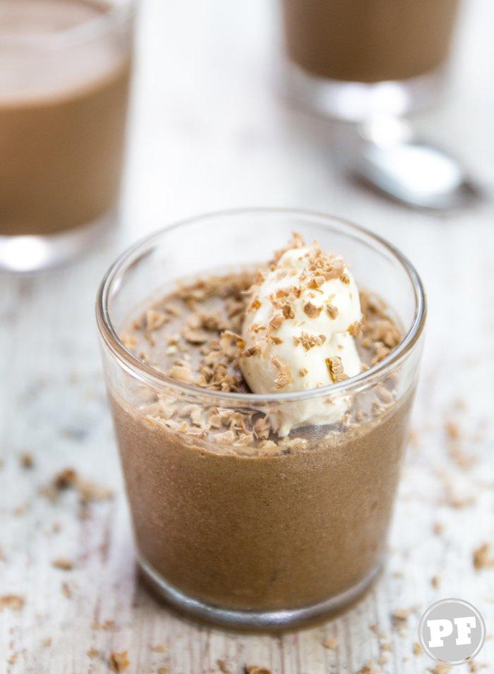 Mousse de Chocolate Clássica por PratoFundo.com