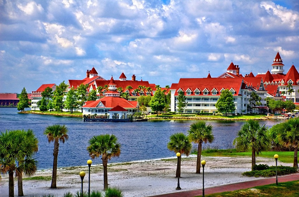 Disney - Grand Floridian From Monorail - HDR LucisArt