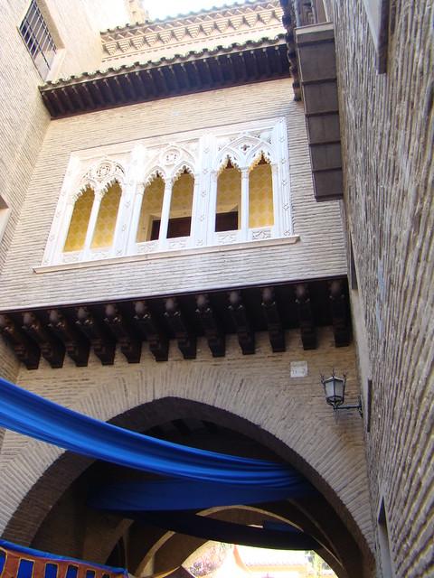 Zaragoza Casa y Arco del Dean 06