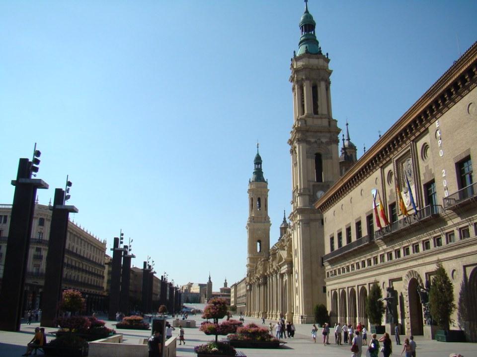 Ayuntamiento y Basilica del Pilar Plaza del Pilar 07
