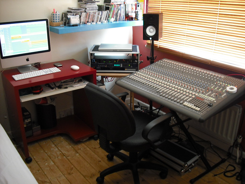 the bedroom studio | home studio | gareth reid | flickr