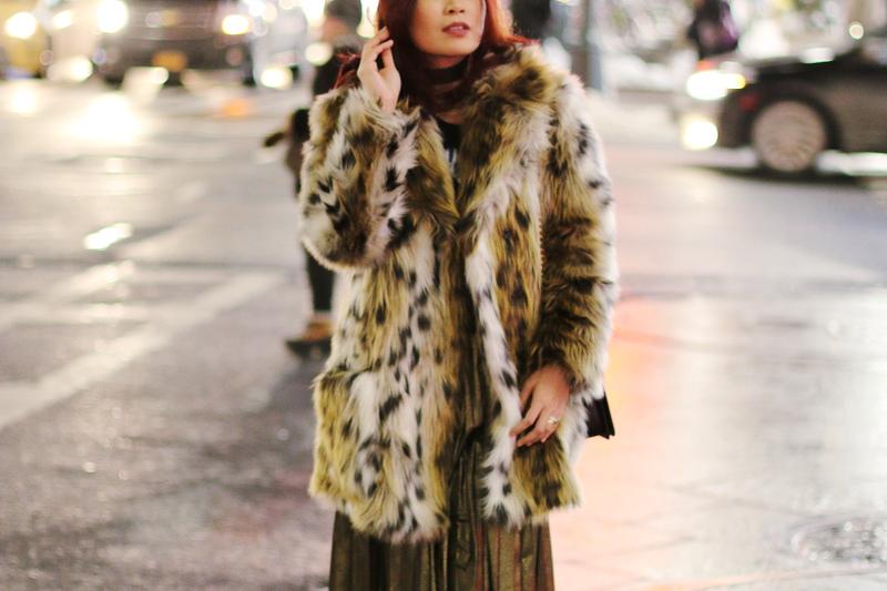 leopard-coat-gold-pleated-skirt-7