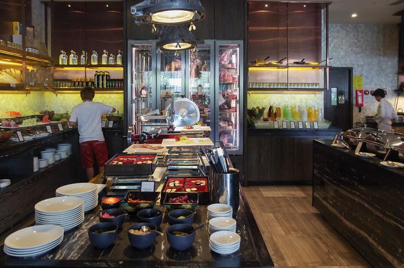 breakfast at scalini - hilton sukhumvit bangkok