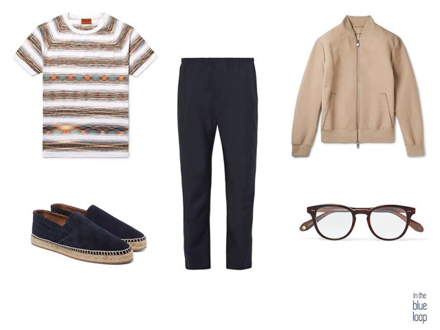 Look casual masculino con camiseta de rayas, alpargatas, pantalón, gafas de vista y bomber para hombre