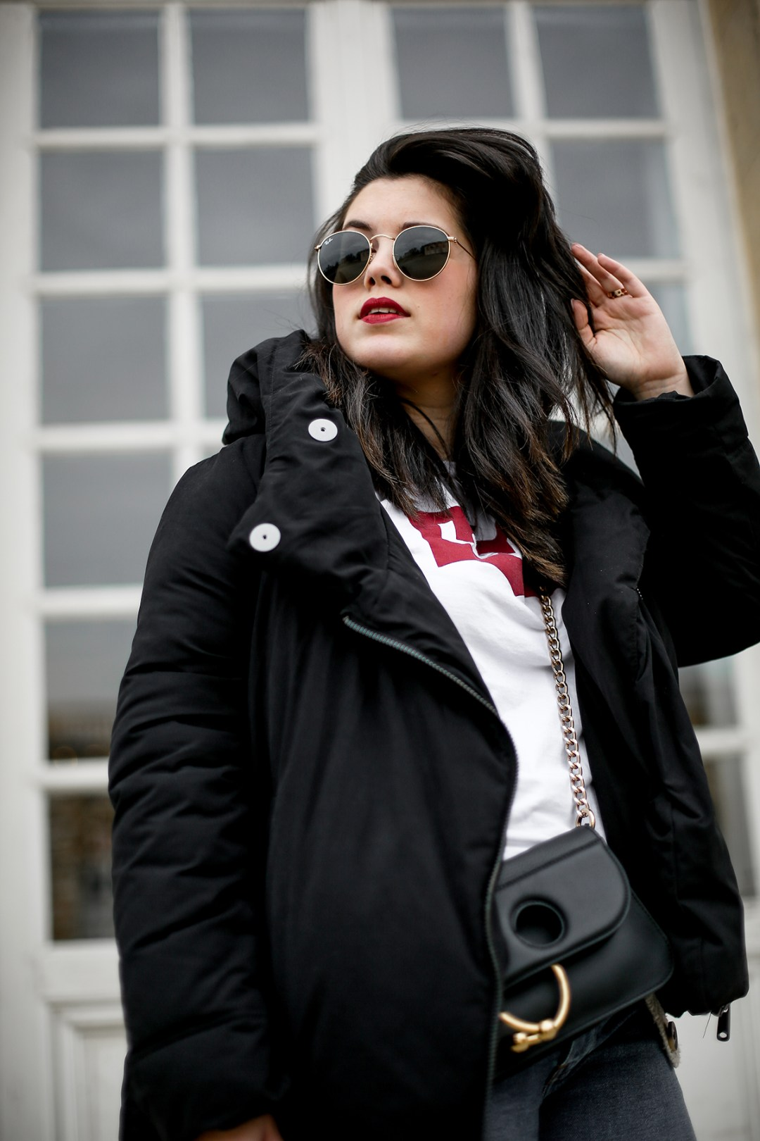 puffer-coat-levis-shirt-basic-505c-jeans-jw-anderson-pierce-bag-how-to-wear8