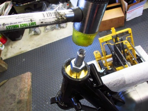 Tapping Puller Assembly Past Outer Bearing Race