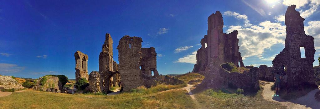"""Castillo de Corfe - La Bruja Novata - Inglaterra castillo de corfe Escenarios de """"La Bruja Novata"""" – Castillo de Corfe 32022199874 f039396160 b"""