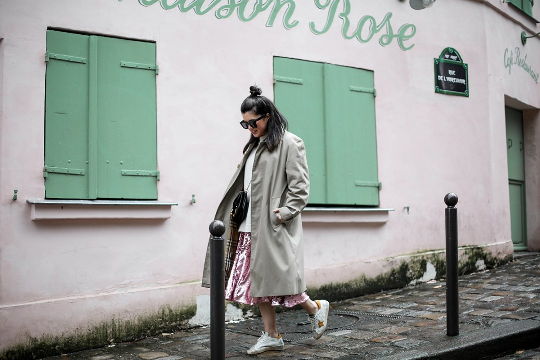 pink-sequin-skirt-hm-golden-goose-sneakers-vintage-burberry-trench-streetstyle10