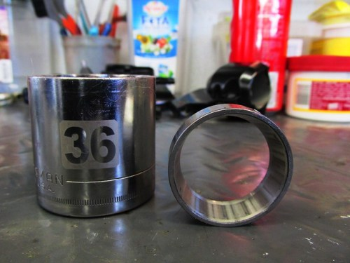 Tools to Drive Dust Seal and Bearing Race