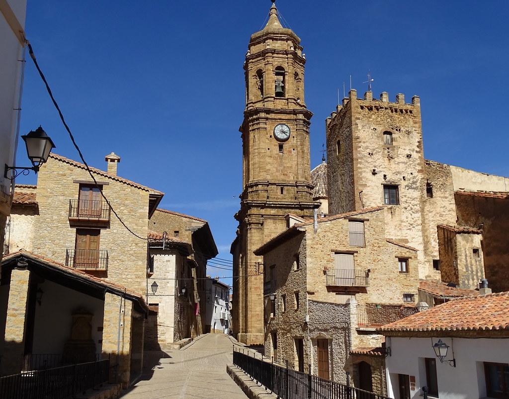 Torre Los Nublos y Torre Campanario La Iglesuela del Cid Comarca del Maestrazgo Teruel