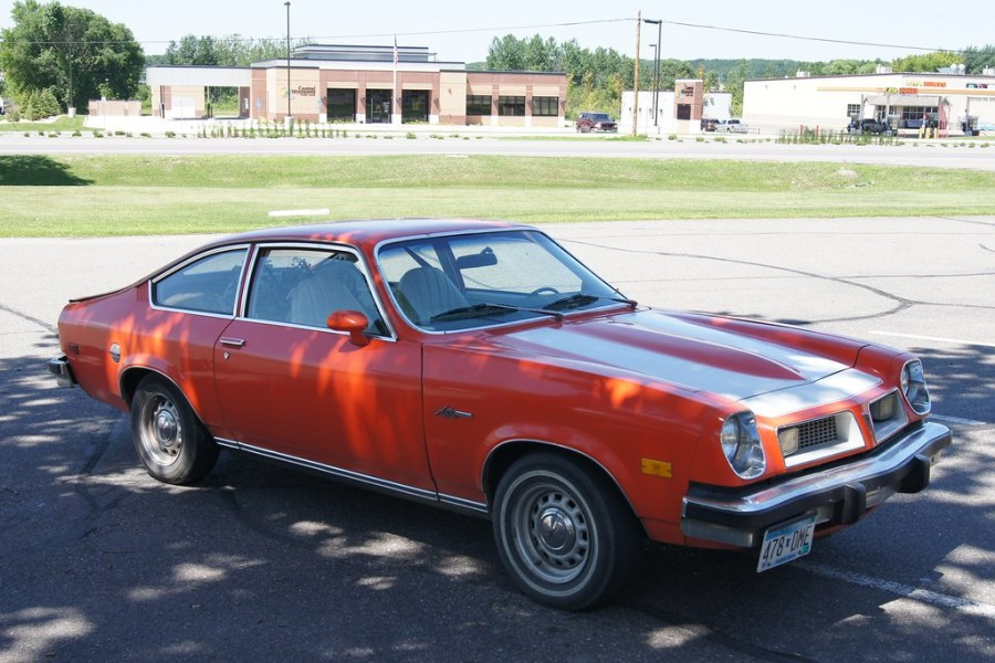 1976 pontiac cars » 1976 Pontiac Astre   Car Spotting while travelling for the 4      Flickr     1976 Pontiac Astre   by DVS1mn