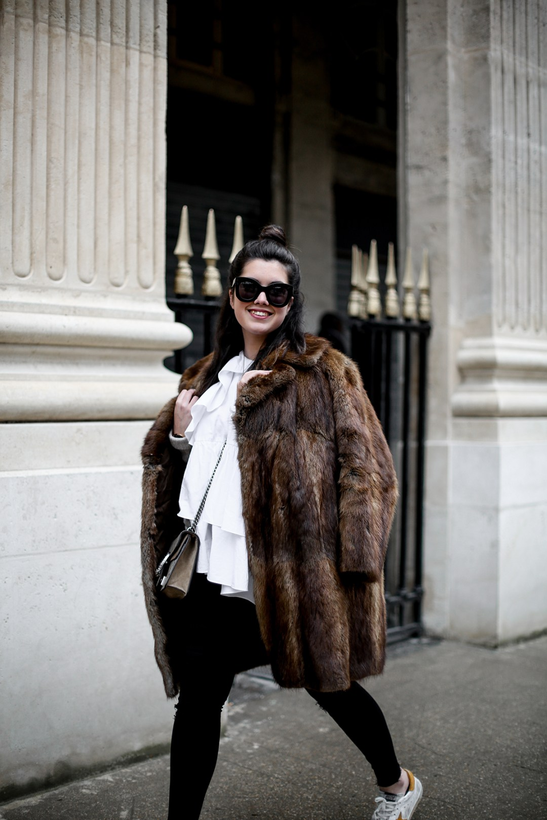 golden goose deluxe brand sneakers fur coat vintage streetstyle paris 2017-10