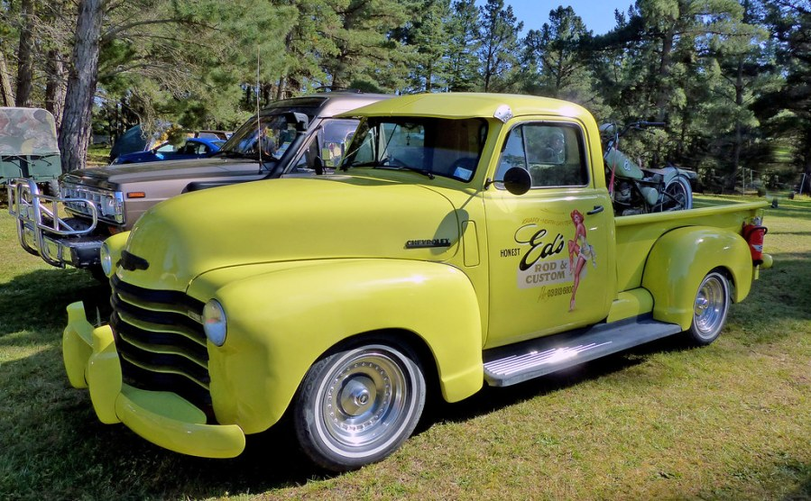 1954 chevrolet cars » 1949 Chevrolet pickup    In 1948  Chevrolet unveiled a new l      Flickr by Bernard Spragg 1949 Chevrolet pickup    by Bernard Spragg