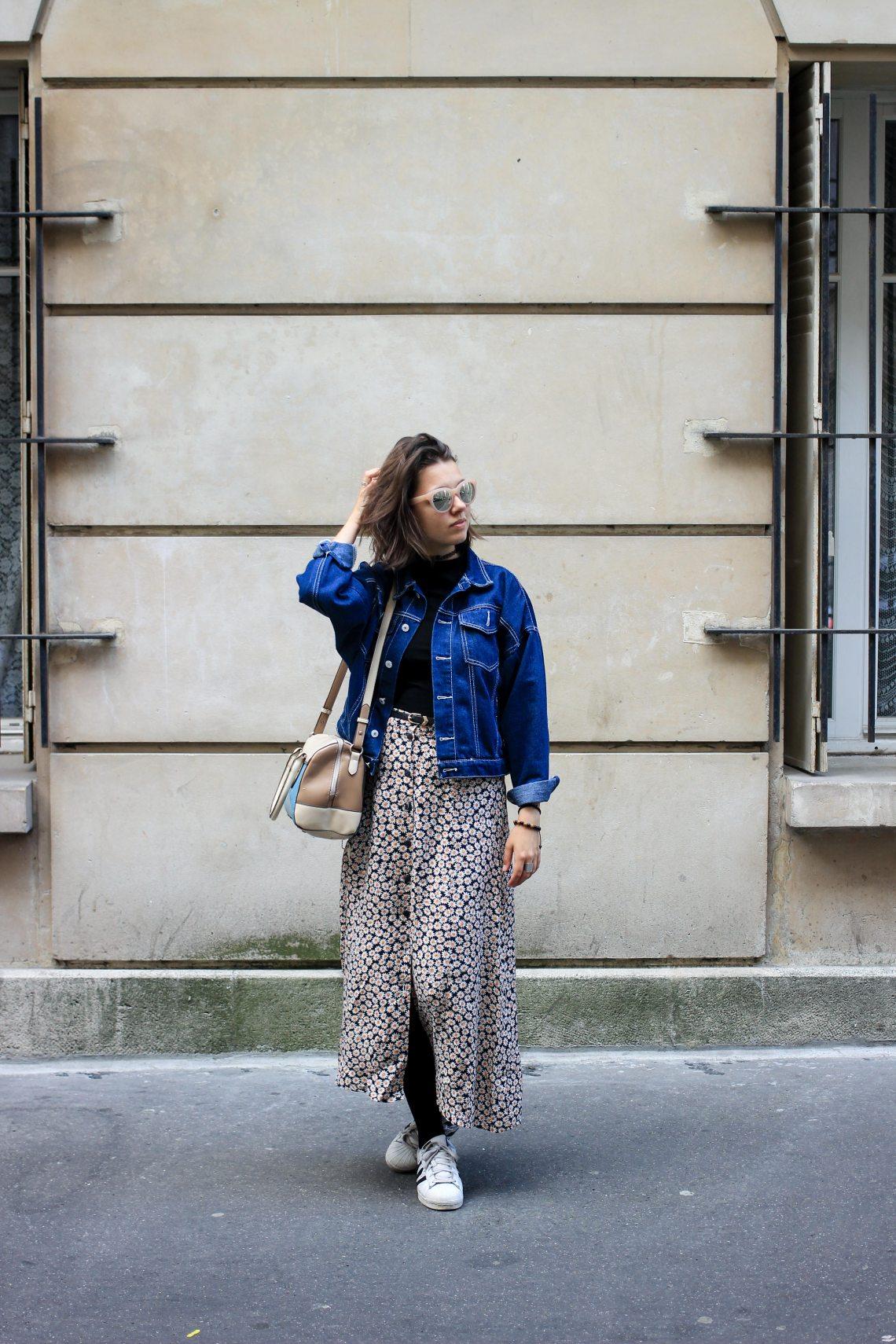 7 motif fleuri et veste en jean
