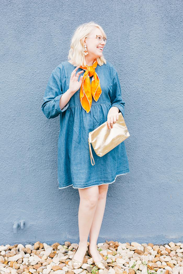 how to wear a denim dress10