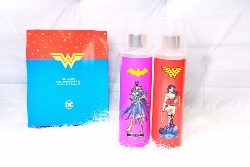TWB Justice League Batgirl and Wonder Woman Body Mist