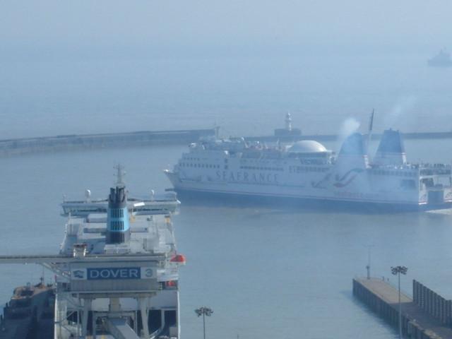 Travelling Dijuca Dover ferries