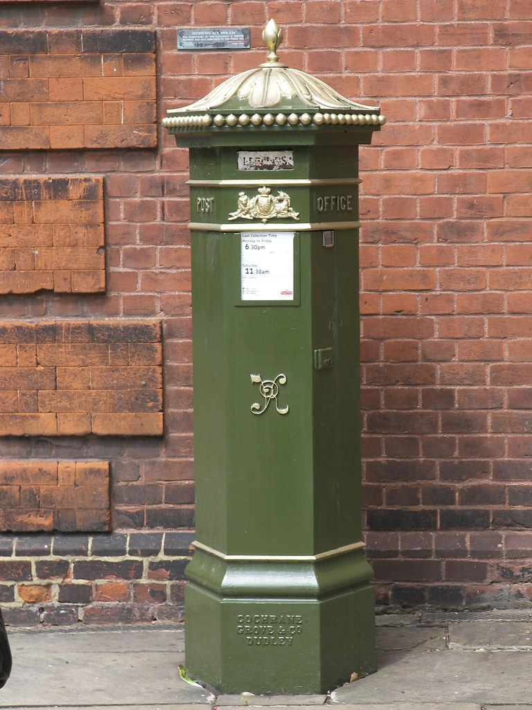 Green Penfold Postbox Rochester Kent Box Number ME1 24