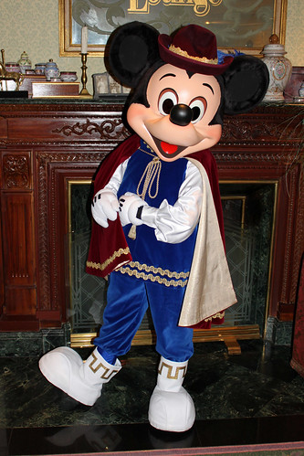 Prince Mickey Disneyland Hotel Disneyland Resort Paris M Flickr