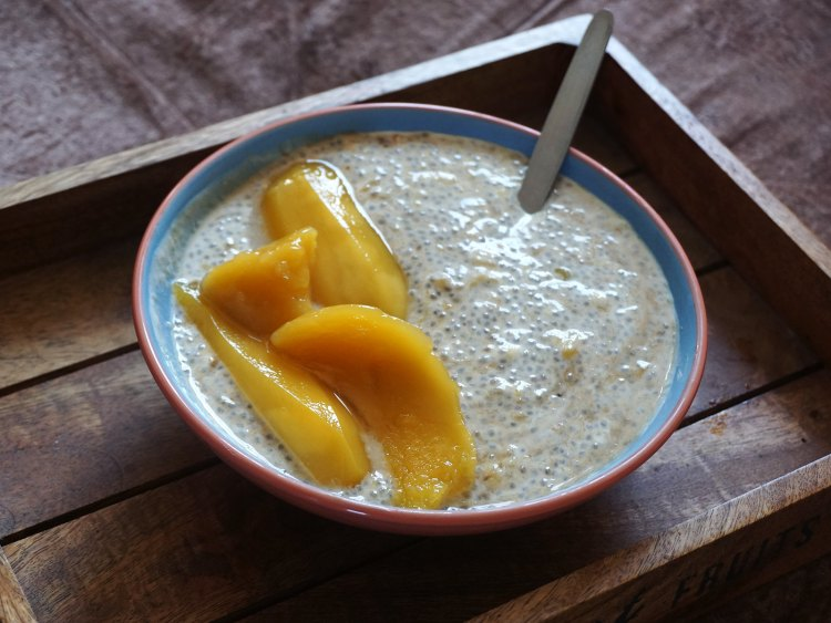 Mango Yoghurt Chia Pudding