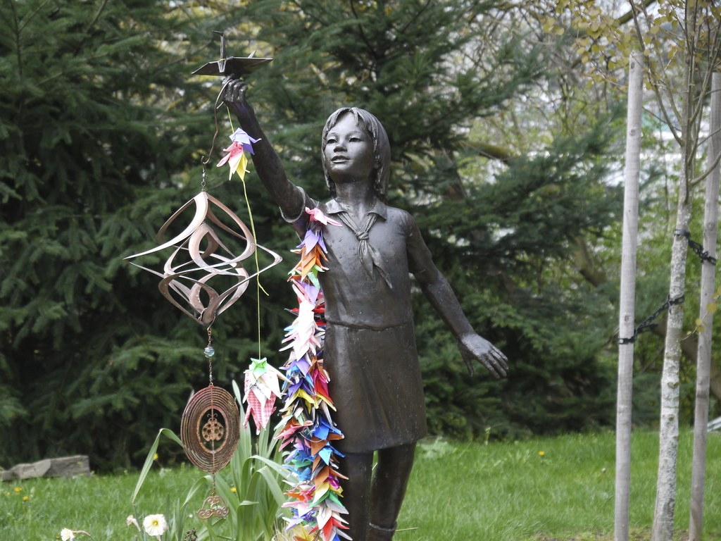 Sadako Sasaki Statue