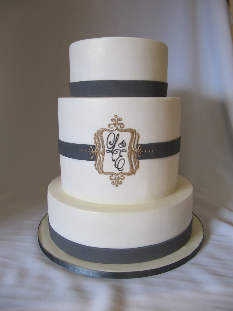 Gold Monogram Wedding Cake This Is A New Dummy I Did For