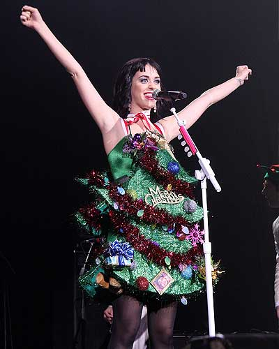 Katy Perry Christmas Look At Her Christmas Tree Dress