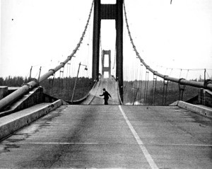 Howard Clifford running off the Taa Narrows Bridge duri…   Flickr