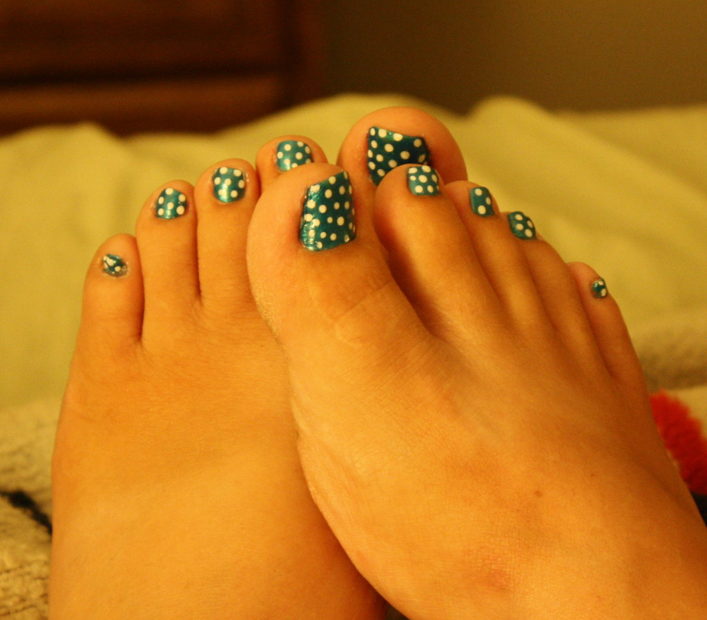 Polka Dotted Pedicure So Heres The Thing I Walk About