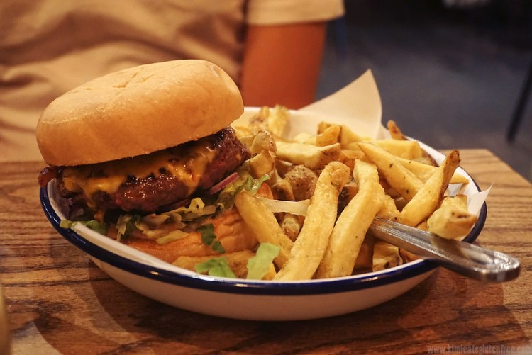 Gluten free burger and rosemary chips from Honest Burgers | Gluten free Shoreditch guide | Gluten free London | Brick Lane | Old Street | Spitalfields | Hoxton | East London