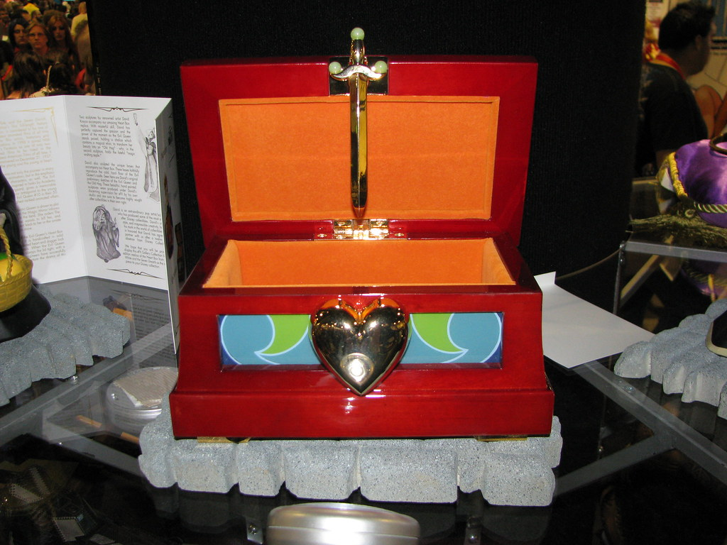 Box Snow White Evil Queen