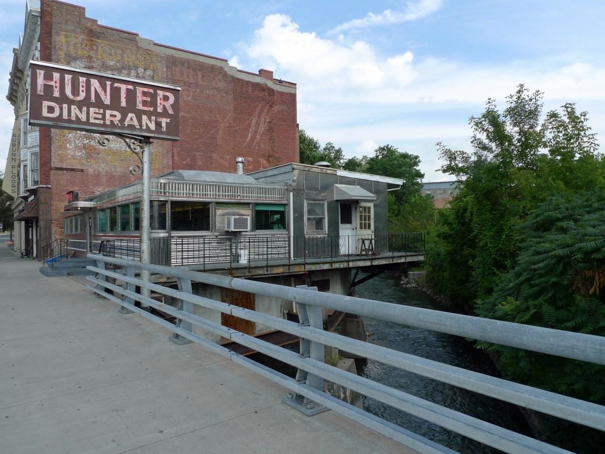 Hunter Dinerant - 18 Genesee Street, Auburn, New York U.S.A. - August 2, 2010