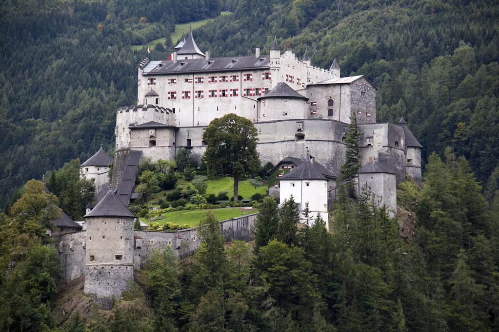 Dare Schloss Where Eagles Castle Hohenwerfen