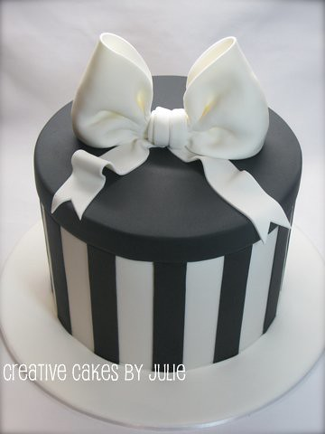 Double Barrel Present Box Cake I Did This Cake Today In