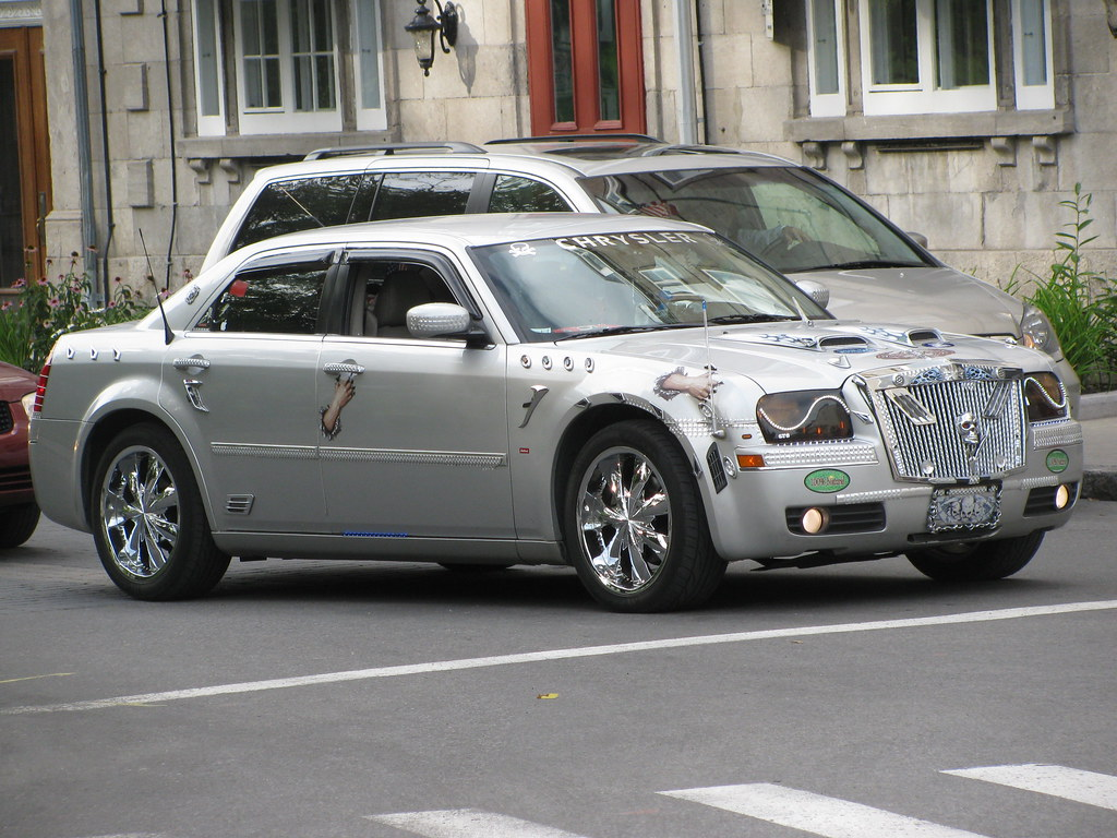 Pimped Out Chrysler 300