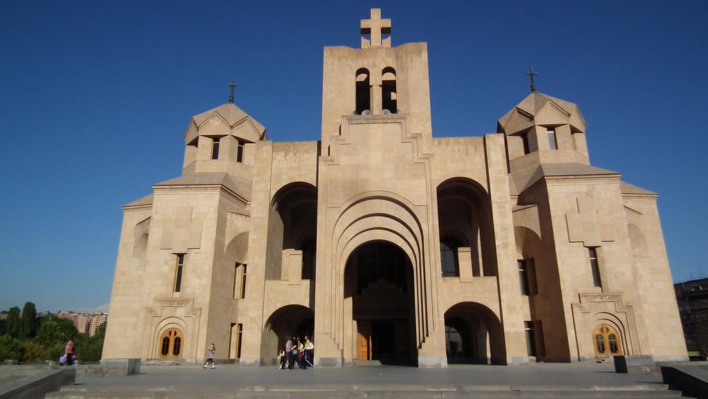 Catedral de San Gregorio el Iluminador de Yerevan Armenia 01