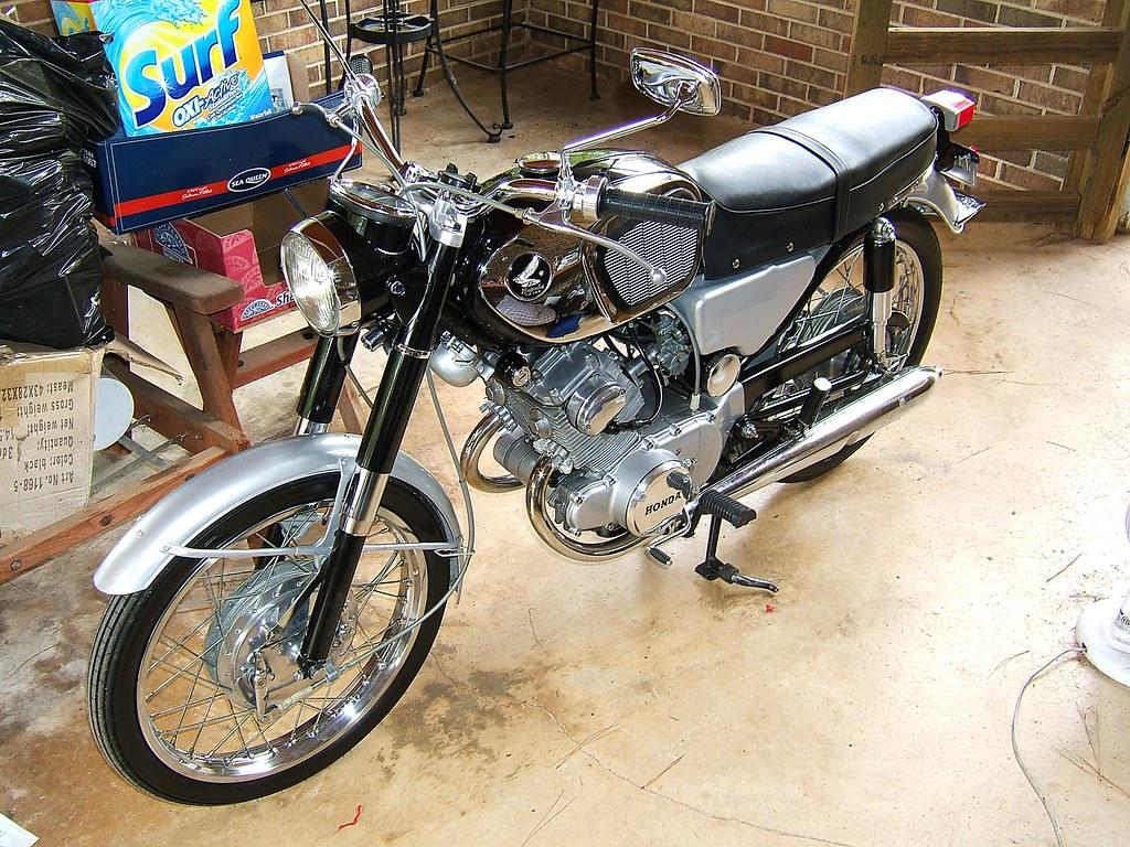 Old Honda Motor Bikes 1960 S