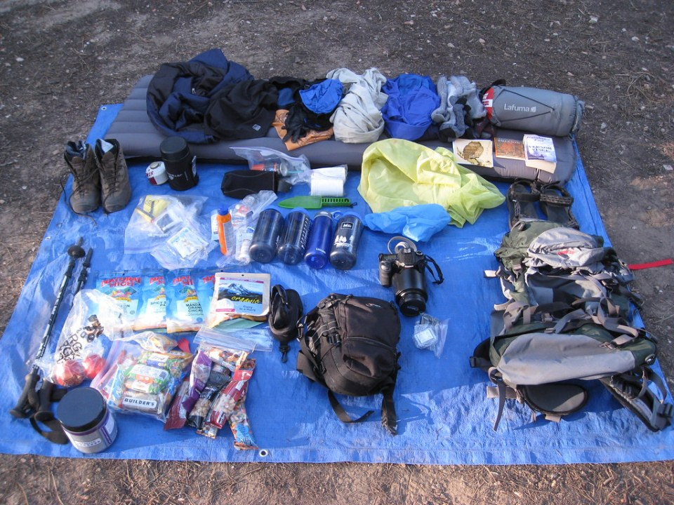 emergency survival bug-out-bag example inventory