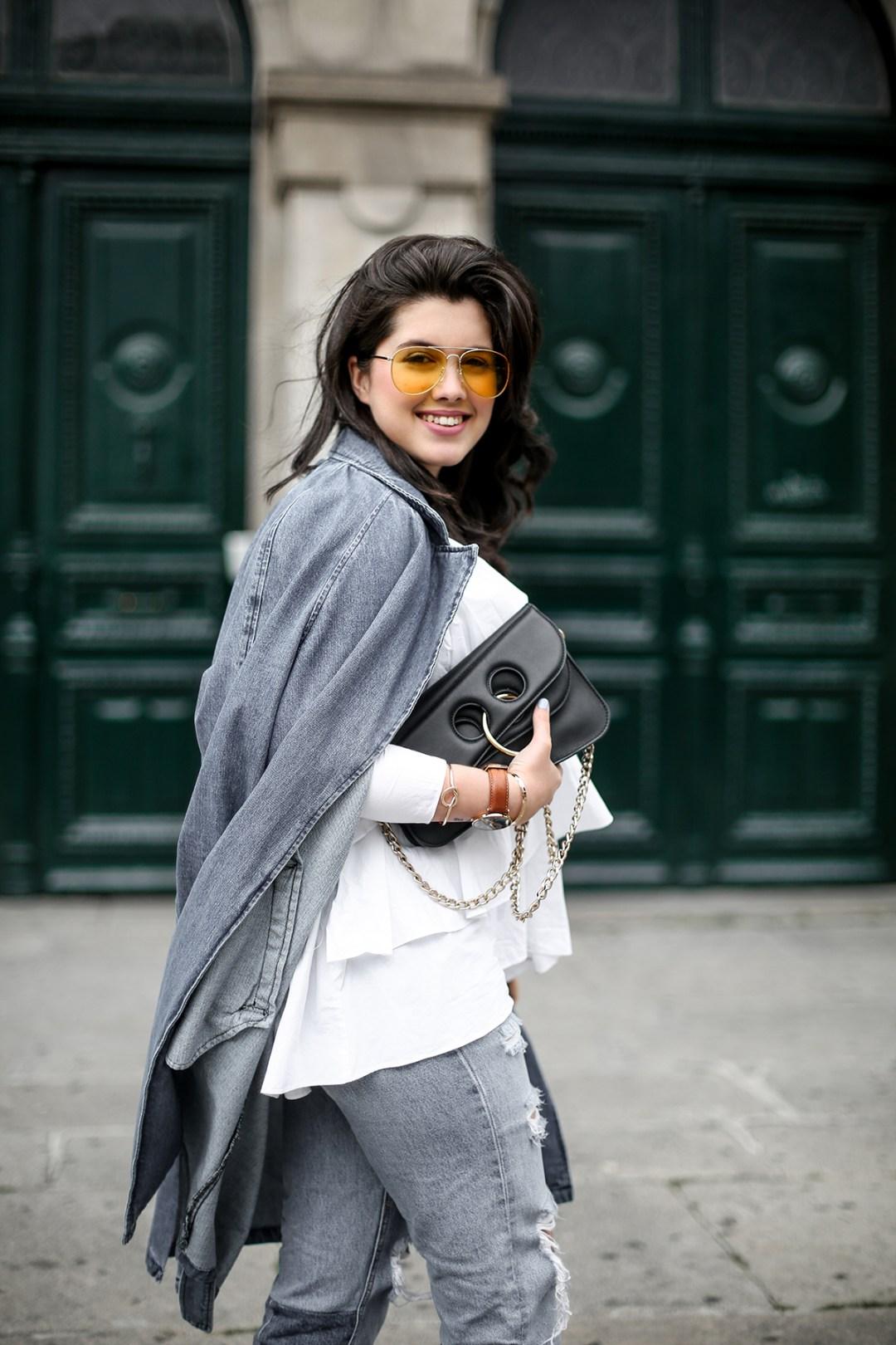 trench-denim-ripped-jeans-ruffle-blouse-zara-streetstyle3