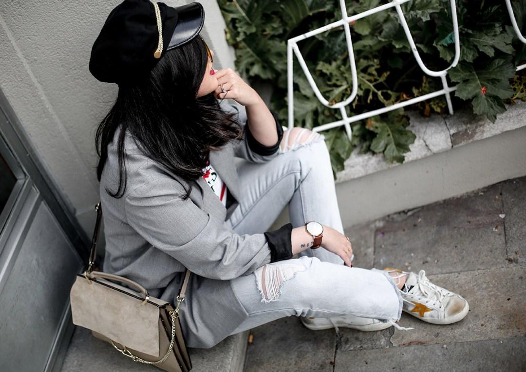 look-blazer-gris-levis-501-golden-goose-sneakers-myblueberrynightsblog11