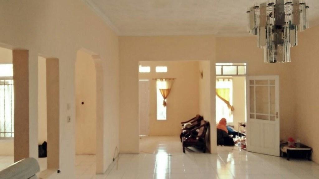 Rumah dijual Butuh harga Pantas di ciganitri Bandung 4