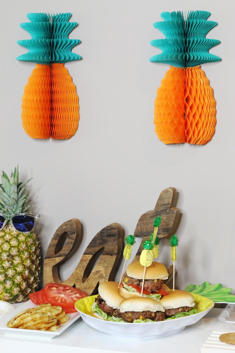 pineapple-aloha-burger-11