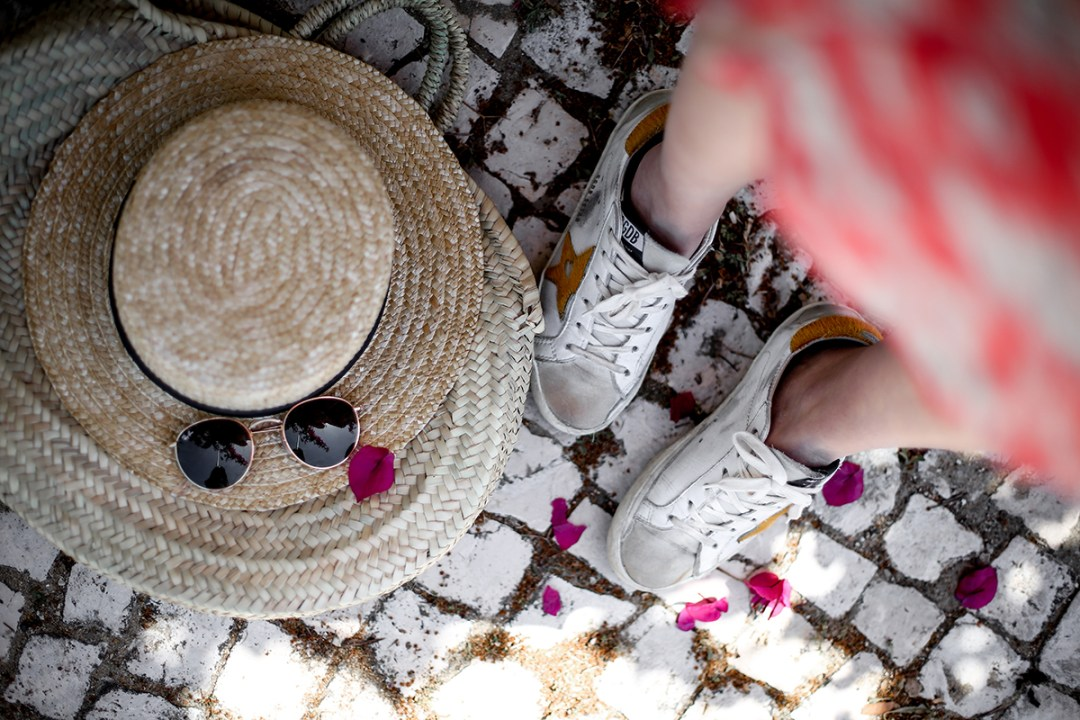 golden-goose-deluxe-brand-red-dress-asos-costa-caparica-spring-summer-myblueberrynightsblog